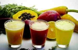 Пьём фруктовые соки