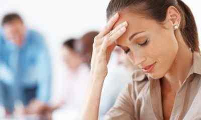 Причины возникновения боли в правом виске