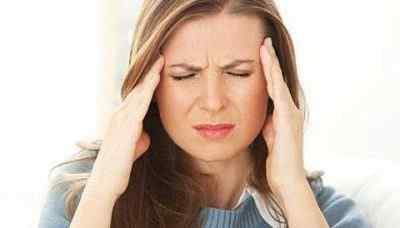 Болит голова: причины, диагностика и способы лечения на дому