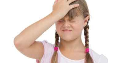 У ребенка кружится голова: виды головокружений, причины и помощь