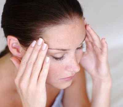 Кружится голова, постоянно повторяются симптомы вертиго – в чём причины и что делать