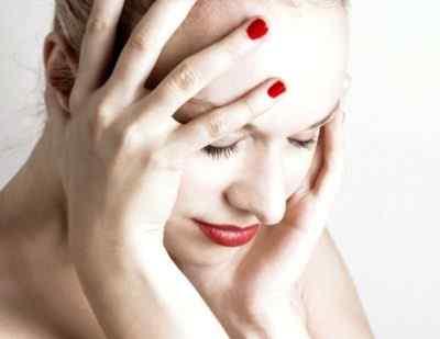 Типы головной боли перед менструацией