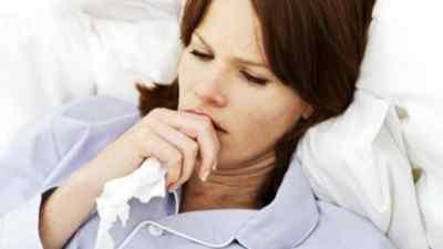 При каких патологиях наблюдается тошнота, температура, головная боль: тактика действий