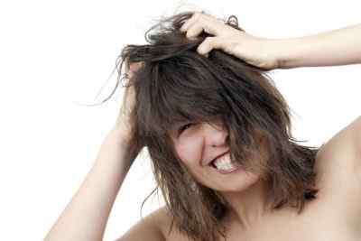 По какой причине может беспокоить кожа головы
