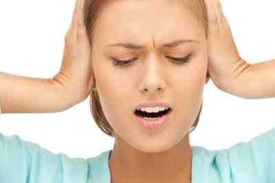 Кружится голова и шумит в ушах – почему