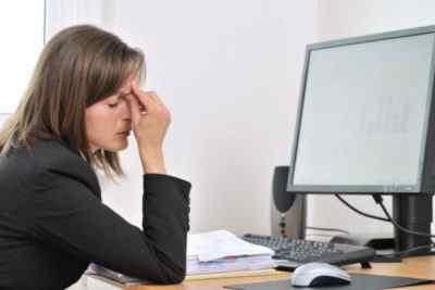 Почему болит голова от компьютера