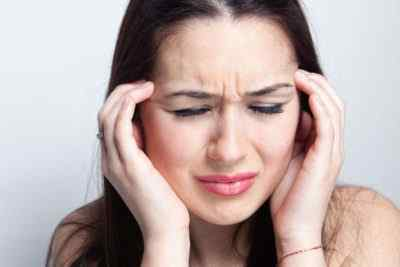 Давящие головные боли - причины и осложнения