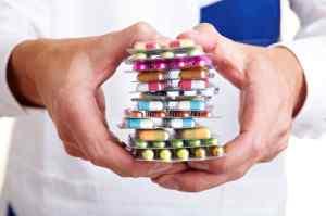 Прием обезболивающих таблеток