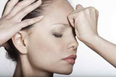 Постоянные головные боли: с чем это может быть связано и о чем они свидетельствуют