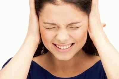 Причины постоянной головной боли связанные с более серьезными заболеваниями