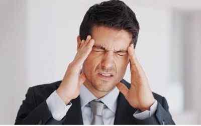Почему возникает головная боль