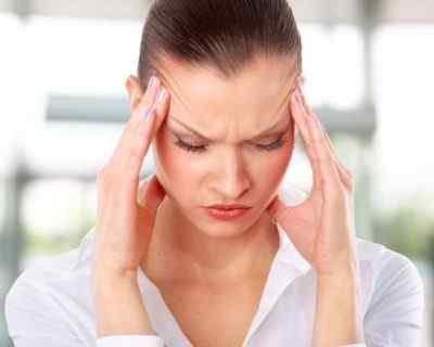 Существует множество причин головных болей. Как распознать, когда начинается мигрень