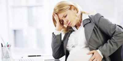 Болит ли на ранних сроках беременности голова
