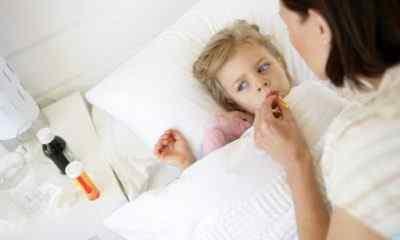 Лекарственные препараты и физические меры при высокой температуре