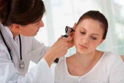 Что делать, если возникло воспаление ушного канала