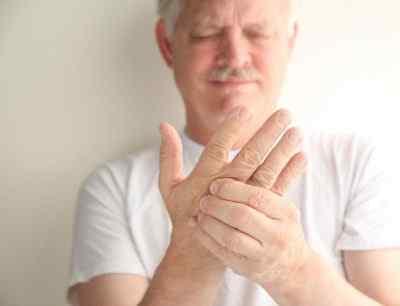 Когда немеют руки