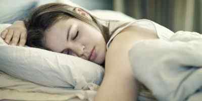 Почему ночью во время сна болит голова – основные пусковые механизмы
