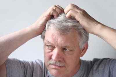 Почему чешется кожа головы