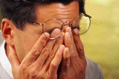 Боли головы или шеи вследствие травмы