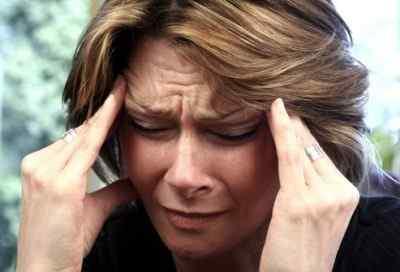 Тиннитус, головная боль и давление в висках вторичные факторы
