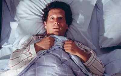 Мигрень днём, во сне и утром после сна – каковы наиболее распространённые симптомы