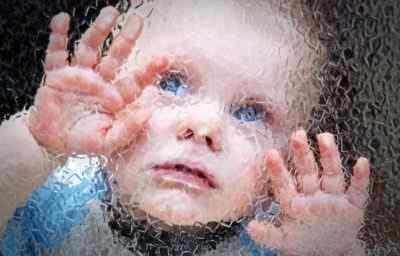 Причины дрожи в руках у детей