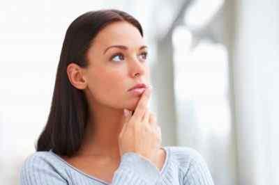 Какие же причины недуга или почему еще возникает потливость и боли головы