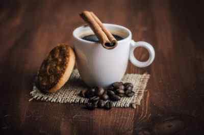 Кофеин помогает, но это может делать неприятности. Почему